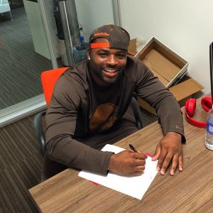 Terrance West Signs Contract