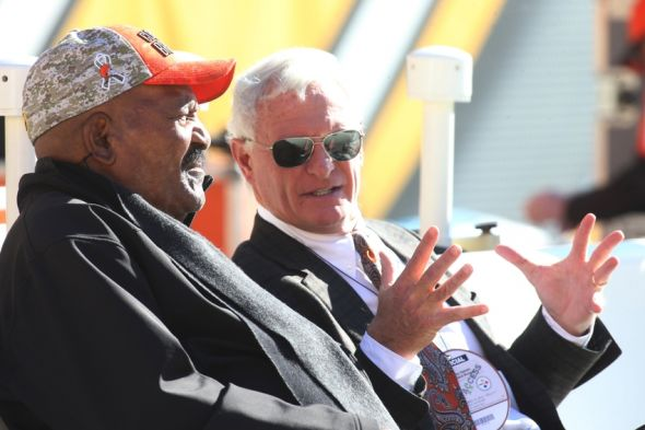 Nov 15, 2015; Pittsburgh, PA, USA; Cleveland Browns former running back Jim Brown (L) talks with Browns owner Jimmy Haslam (R) before the Browns play the Pittsburgh Steelers at Heinz Field. Mandatory Credit: Charles LeClaire-USA TODAY Sports