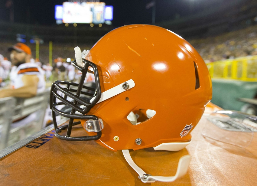 9469803-nfl-preseason-cleveland-browns-green-bay-packers