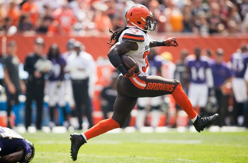 Sep 18, 2016; Cleveland, OH, USA; Cleveland Browns running back Isaiah Crowell (34) runs the ball for the Browns
