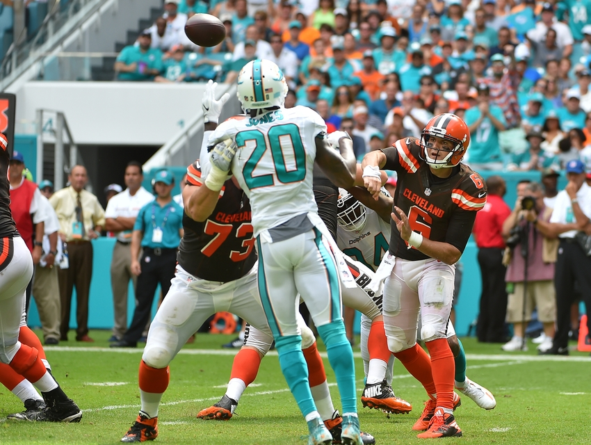 9565386-cody-kessler-nfl-cleveland-browns-miami-dolphins