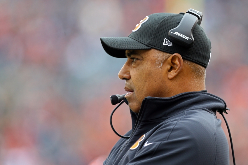 Dec 4, 2016; Cincinnati, OH, USA; Cincinnati Bengals head coach Marvin Lewis looks on from the sidelines in the first half at Paul Brown Stadium. The Bengals won 32-14. Mandatory Credit: Aaron Doster-USA TODAY Sports