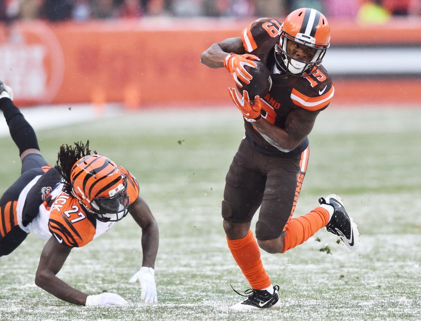 Dec 11, 2016; Cleveland, OH, USA; Cleveland Browns wide receiver Corey Coleman (19) runs with the ball after a catch as Cincinnati Bengals cornerback Dre Kirkpatrick (27) defends during the second half against the Cincinnati Bengals at FirstEnergy Stadium. The Bengals won 23-10. Mandatory Credit: Ken Blaze-USA TODAY Sports