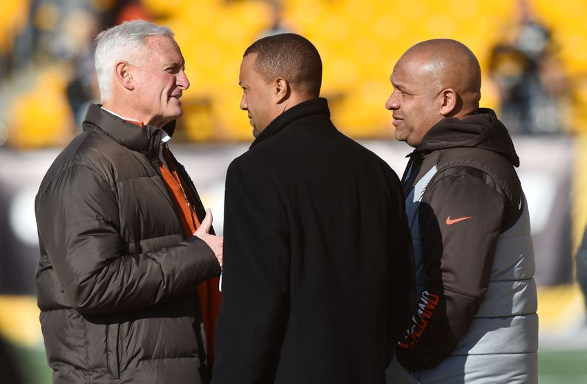 Jan 1, 2017; Pittsburgh, PA, USA; Cleveland Browns owner Jimmy Haslam (left) talks with executive vice president of football operations Sashi Brown and head coach Hue Jackson before the game between the Pittsburgh Steelers and the Cleveland Browns at Heinz Field. Mandatory Credit: Ken Blaze-USA TODAY Sports
