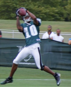 DeSean Jackson makes a catch during practice on Sunday.