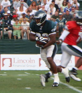 Eagles RB Mike Bell during a morning practice on August 1, 2010.