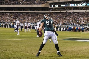 Dec 22, 2013; Philadelphia, PA, USA; Philadelphia Eagles tight end Brent Celek (87) celebrates scoring a touchdown during the first quarter against the Chicago Bears at Lincoln Financial Field. Howard Smith-USA TODAY Sports