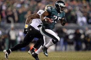 Eagles EB LeSean McCoy (25) rushes the ball against the Saints during the 2013 NFC wild card playoff football game at Lincoln Financial Field. Credit: Joe Camporeale-USA TODAY Sports