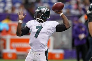 Dec 15, 2013; Minneapolis, MN, USA; Philadelphia Eagles quarterback Michael Vick (7) against the Minnesota Vikings at Mall of America Field at H.H.H. Metrodome. The Vikings defeated the Eagles 48-30. Mandatory Credit: Brace Hemmelgarn-USA TODAY Sports