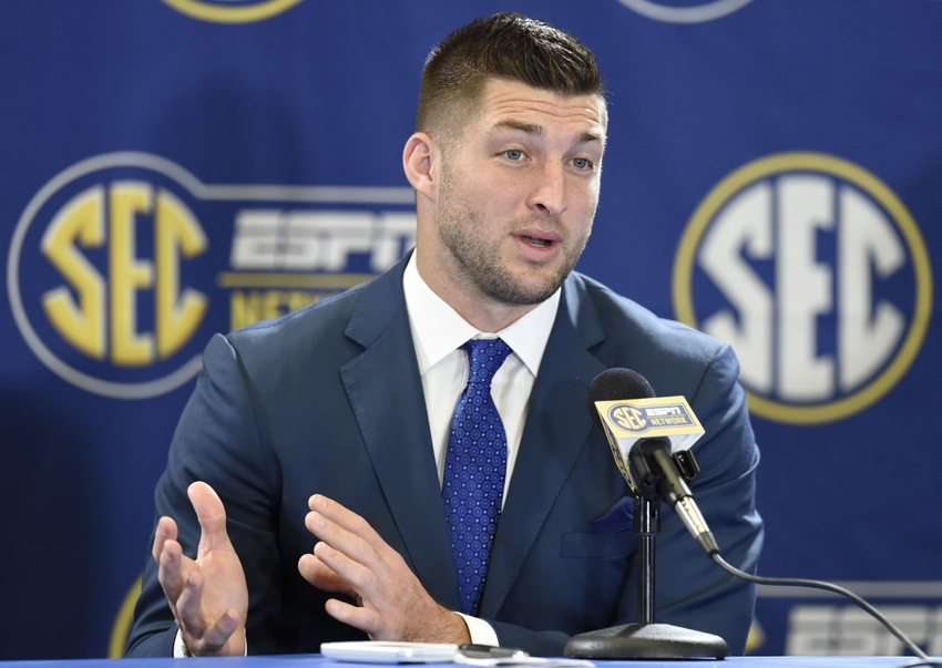 Tebow Press Conference During a Press Conference
