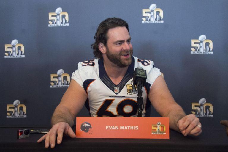 Evan-mathis-nfl-super-bowl-50-denver-broncos-press-conference-768x0