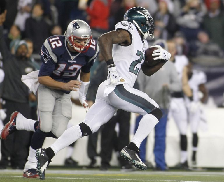 Malcolm-jenkins-tom-brady-nfl-philadelphia-eagles-new-england-patriots-768x0