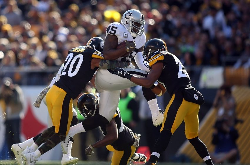 Oakland Raiders: Defense Holding Team Back