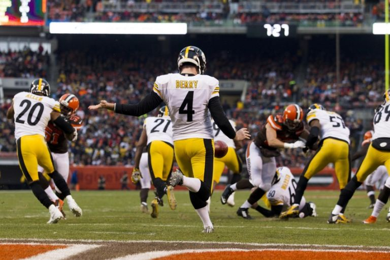 Jordan-berry-nfl-pittsburgh-steelers-cleveland-browns-768x0