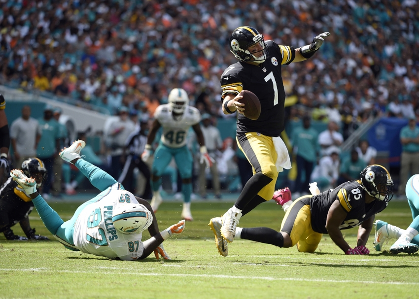 9612401-ben-roethlisberger-jordan-phillips-nfl-pittsburgh-steelers-miami-dolphins