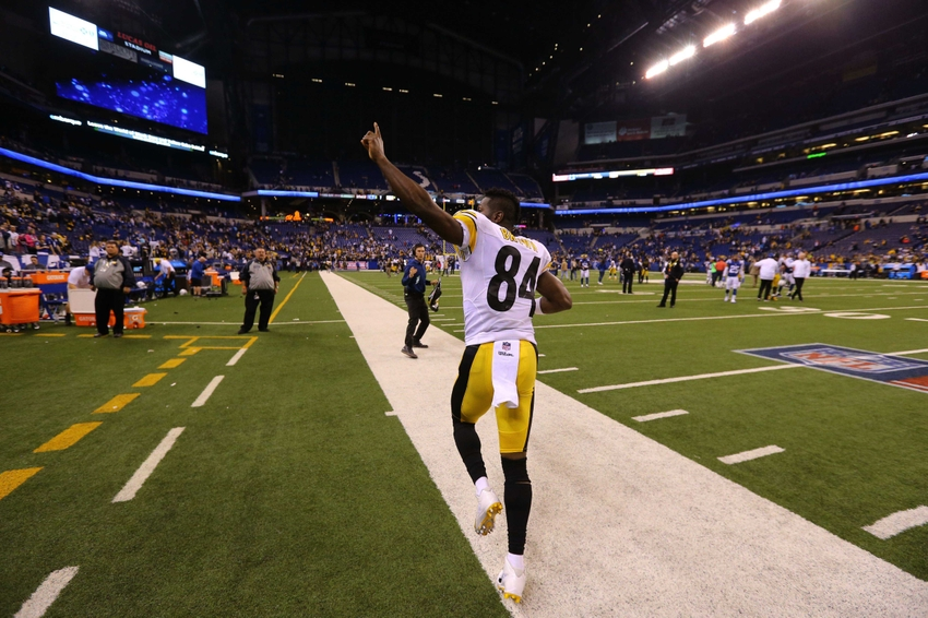 9713856-antonio-brown-nfl-pittsburgh-steelers-indianapolis-colts