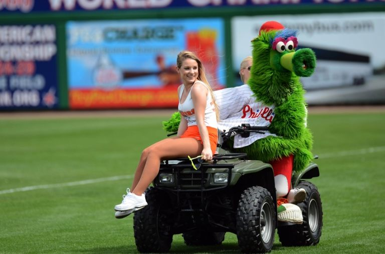 Abc 6 Philly >> Phillies Saying Goodbye to the Phanatic