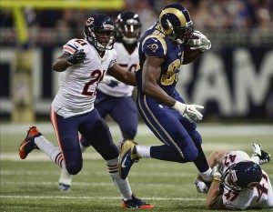 Nov 24, 2013; St. Louis, MO, USA; St. Louis Rams tight end Jared Cook (89) is tackled by Chicago Bears free safety Chris Conte (47) during the first half at the Edward Jones Dome. Mandatory Credit: Jeff Curry-USA TODAY Sports
