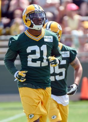 Jun 17, 2014; Green Bay, WI, USA; Green Bay Packers safety Ha Ha Clinton-Dix practices during the team