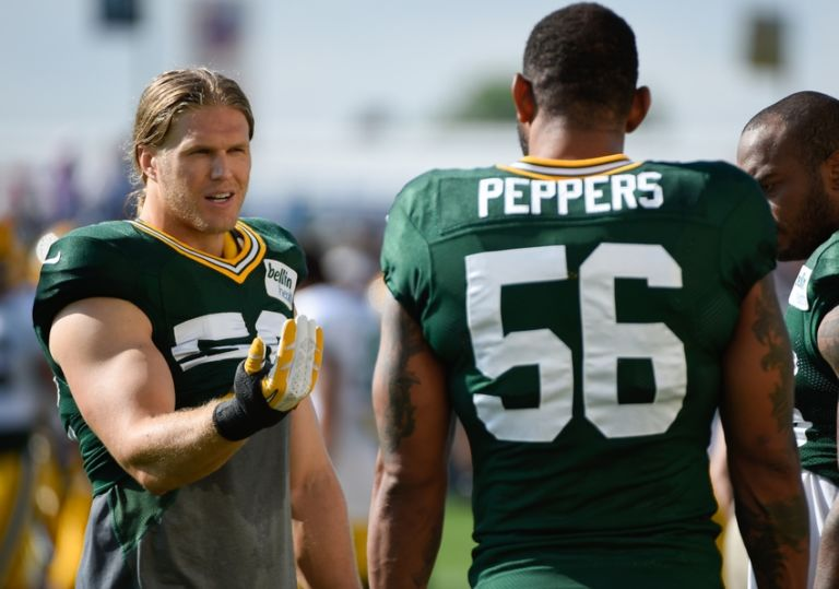 Clay-matthews-julius-peppers-nfl-green-bay-packers-training-camp-768x539
