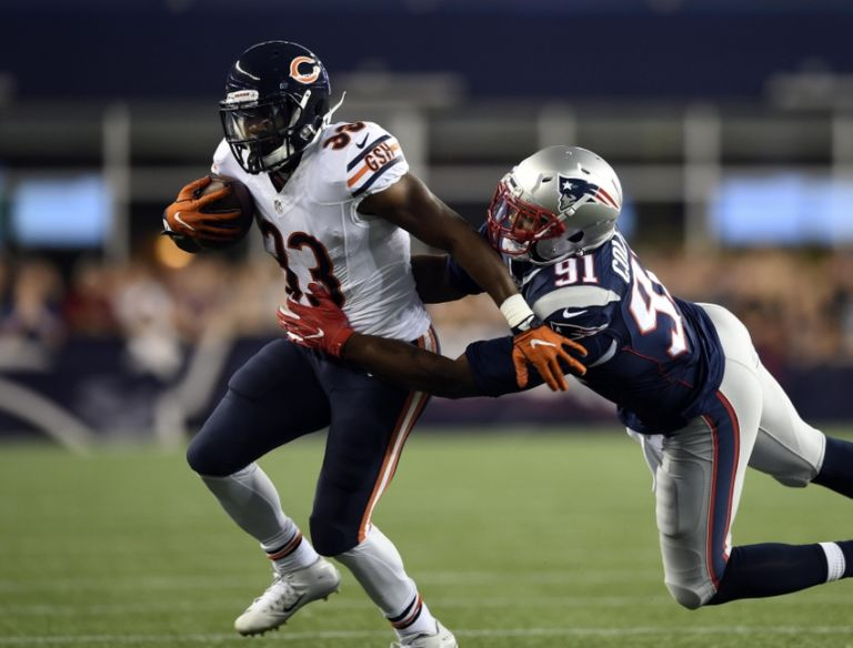 9483647-jamie-collins-jeremy-langford-nfl-preseason-chicago-bears-new-england-patriots-768x584