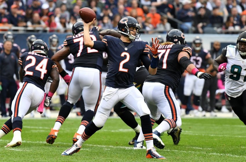 Oct 16, 2016; Chicago, IL, USA; Chicago Bears quarterback Brian Hoyer (2) passes against the Jacksonville Jaguars during the first half at Soldier Field. Mandatory Credit: Patrick Gorski-USA TODAY Sports