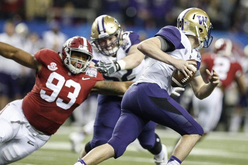 9779385-jonathan-allen-ncaa-football-chick-fil-a-peach-bowl-alabama-vs-washington