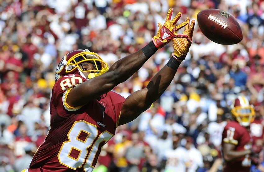 Sep 18, 2016; Landover, MD, USA; Washington Redskins wide receiver Jamison Crowder (80) is unable to make a catch against the Dallas Cowboys during the first half at FedEx Field. Mandatory Credit: Brad Mills-USA TODAY Sports