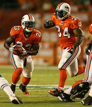 ronnie-brown-ricky-williams.jpg