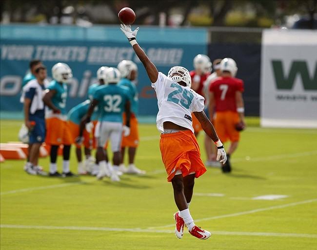 Dolphins Roundup: Jordan Returns to Practice, Defense Hurting a…