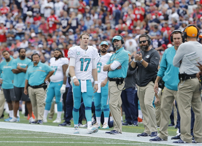 9550481-ryan-tannehill-adam-gase-nfl-miami-dolphins-new-england-patriots