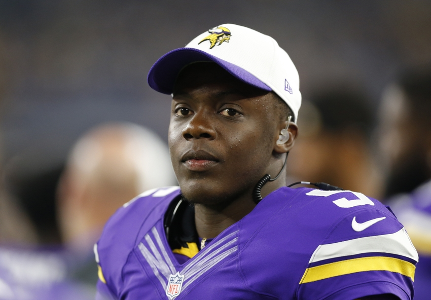 Teddy Bridgewater solid, but not perfect against Cowboys