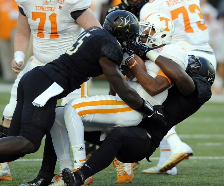 Ncaa-football-tennessee-vanderbilt-768x639