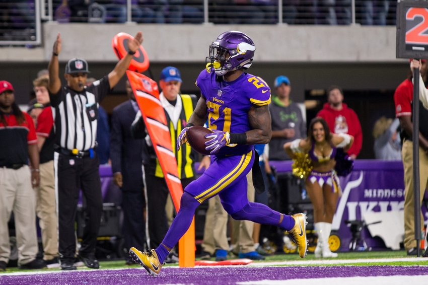 9716823-jerick-mckinnon-nfl-dallas-cowboys-minnesota-vikings