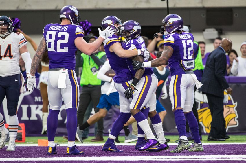 Minnesota Vikings defeat Chicago Bears 38-10 in week 17