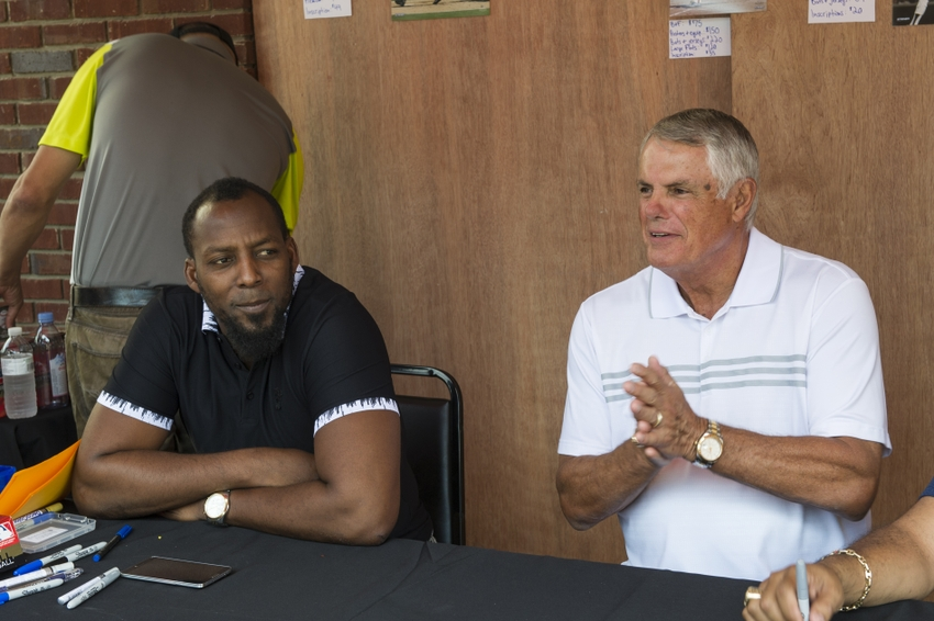 8716350-vladimir-guerrero-lou-piniella-mlb-baseball-hall-of-fame-parade-of-legends