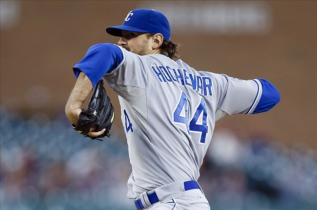 Why the Mariners should consider signing Luke Hochevar