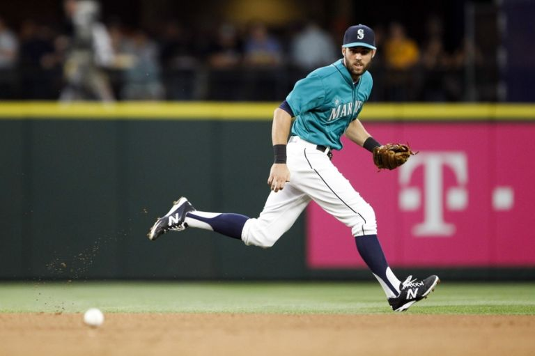 Chris-taylor-mlb-los-angeles-angels-seattle-mariners-768x0