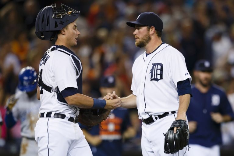 James-mccann-alex-wilson-mlb-kansas-city-royals-detroit-tigers-768x0