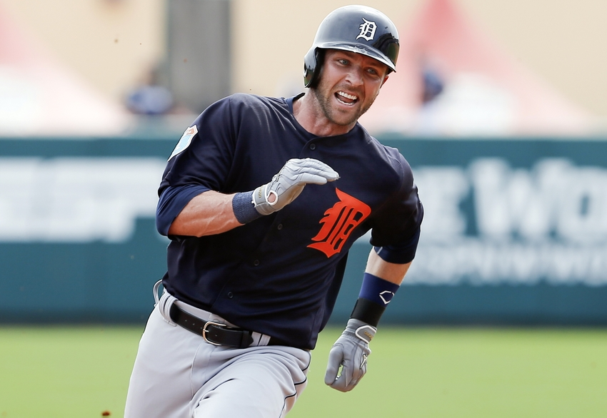 Andrew-romine-mlb-spring-training-detroit-tigers-atlanta-braves
