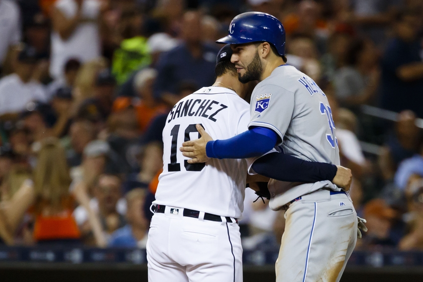 Tigers overpower Twins, 8-3
