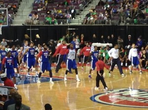 Pistons warming up with Strength and Conditioning Coach Arnie Kander prior to Open Practice