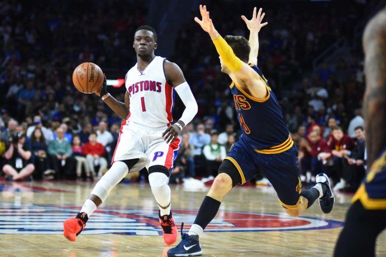 Reggie-jackson-matthew-dellavedova-nba-playoffs-cleveland-cavaliers-detroit-pistons-768x512