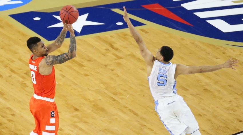 Marcus-paige-michael-gbinije-ncaa-basketball-final-four-syracuse-vs-north-carolina