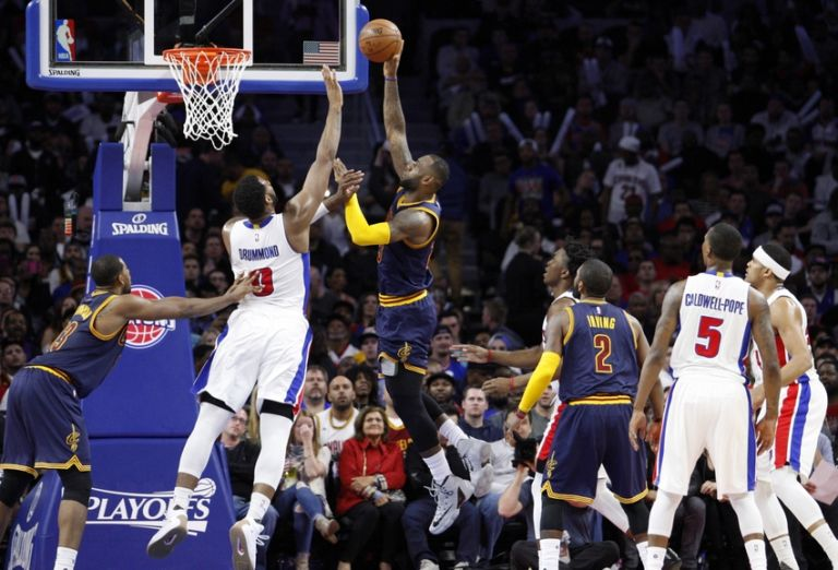 9268255-andre-drummond-lebron-james-nba-playoffs-cleveland-cavaliers-detroit-pistons-768x522