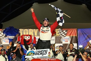 nascar_ncwts_vegas_92813_victory_lane_timothy_peters[1]