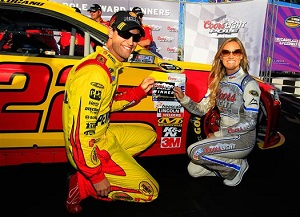 nscs_joey_logano_pole_chicago_09132013[1]