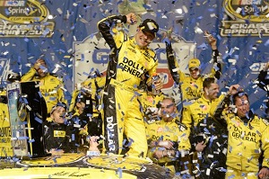 nscs_matt_kenseth_victory_lane_chicago_091513[1]