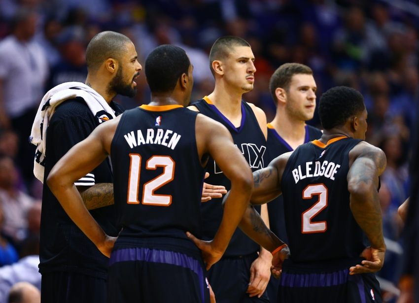 Eric-bledsoe-jon-leuer-alex-len-t.j.-warren-tyson-chandler-nba-dallas-mavericks-phoenix-suns