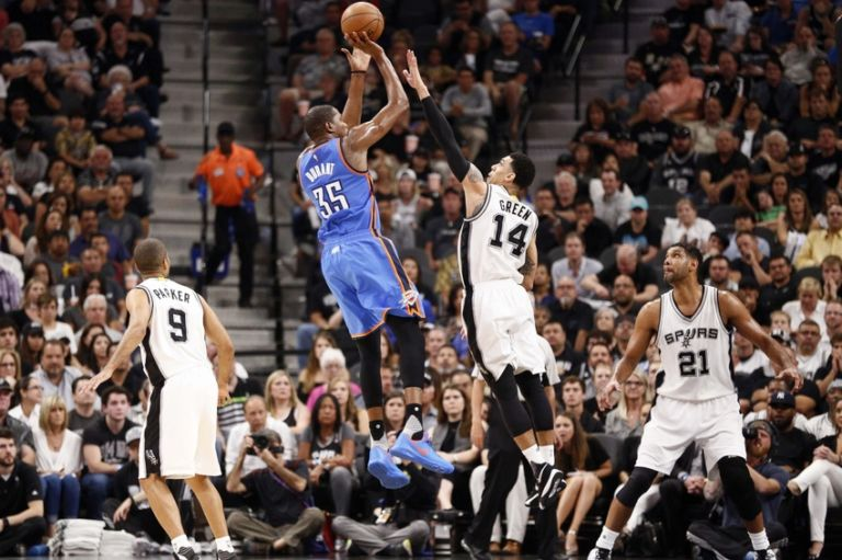 Danny-green-kevin-durant-nba-playoffs-oklahoma-city-thunder-san-antonio-spurs-768x511